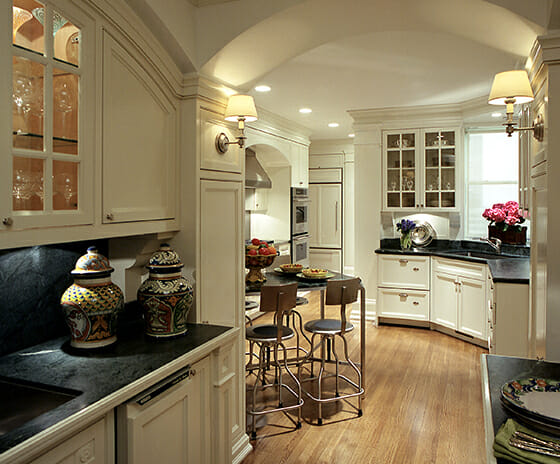 Lake Shore Drive Duplex, Featured Image, View of kitchen and dining area